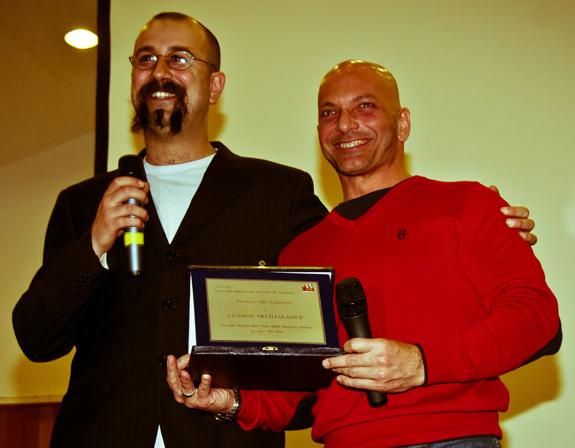 Franco Trentalance Riceve il Premio alla carriera durante il BMB4 2011 a Milano